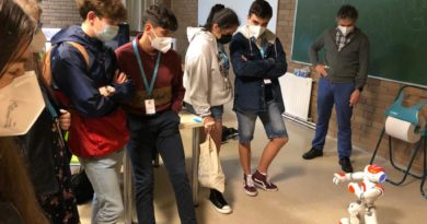 Repasa os mellores momentos da XuvenFeira: a Primeira Feira de Ciencias do Campus de Lugo