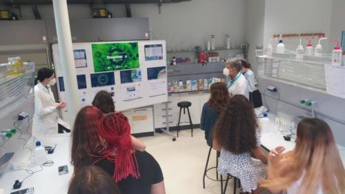 A XuvenFeira presentou actividades e obradoiros para dar a coñecer as titulacións máis novas do Campus de Lugo da USC, como sucede con Bioquímica.