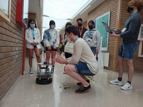 Obradoiro de Robótica na EPSE dentro da programación da XuvenFeira, a I Feira de Ciencias do Campus de Lugo.